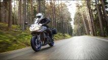 2015-Yamaha-Fazer8-05